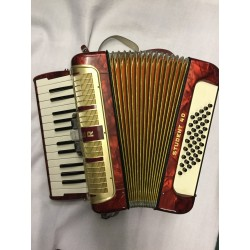 Hohner Student 26 key 40 bass compact accordion used