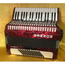 Hohner Student 34/72 Tremolo 3 Voice Red Used