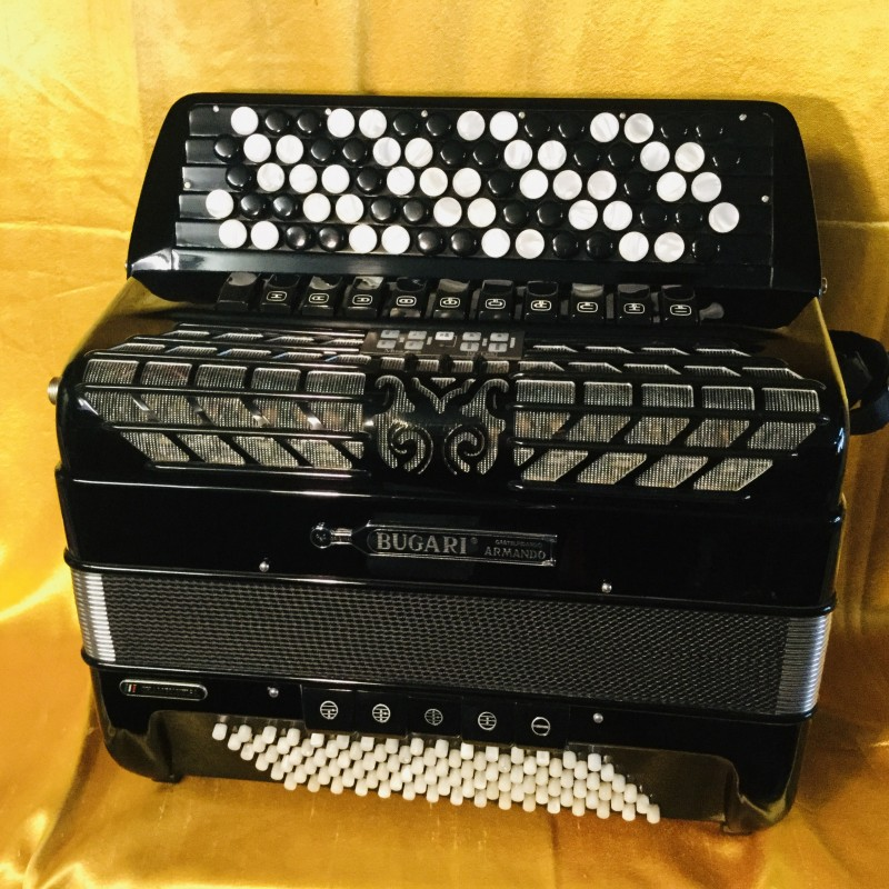 Bugari Championfisa midi 77 button 96 bass 4 voice musette 5 Row Chromatic Accordion Used