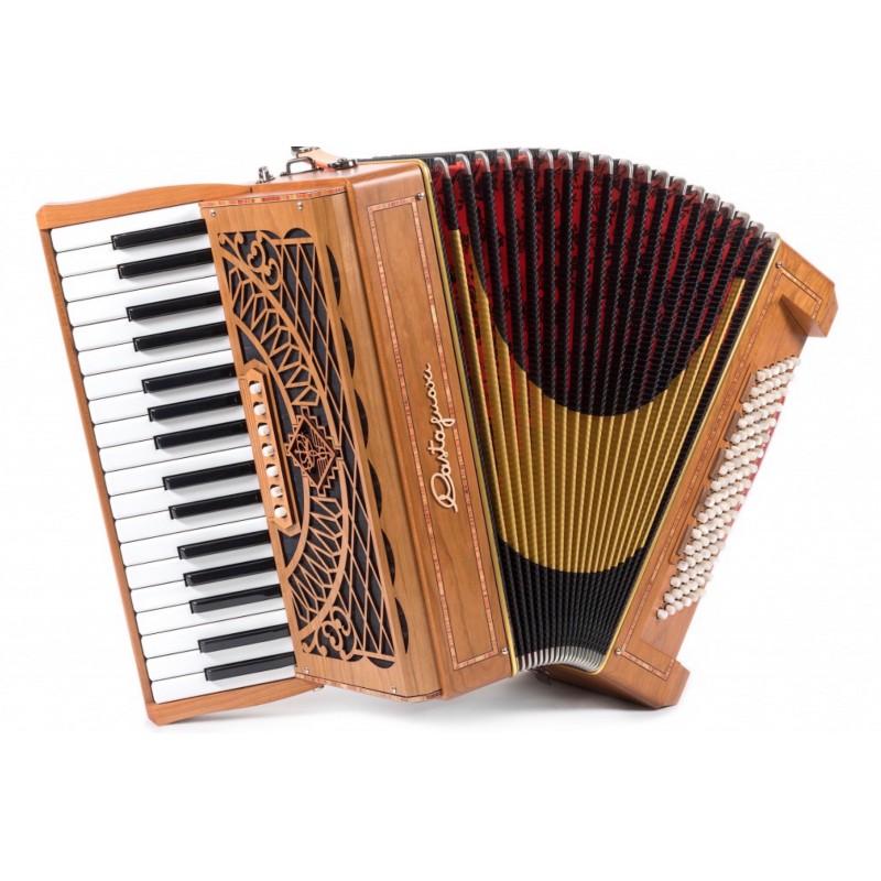 Castagnari Magica 3, 34 key 96 Bass 3 voice Piano Accordion