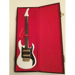 Model Guitar Gift - Stratocaster Copy White