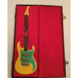 Model Guitar Gift - Stratocaster Copy Yellow