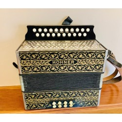 Hohner C/C# Vienna Black and Gold  21 button accordion Used
