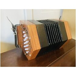 Anglo Concertina G/C 30 Button Wooden Ends Used