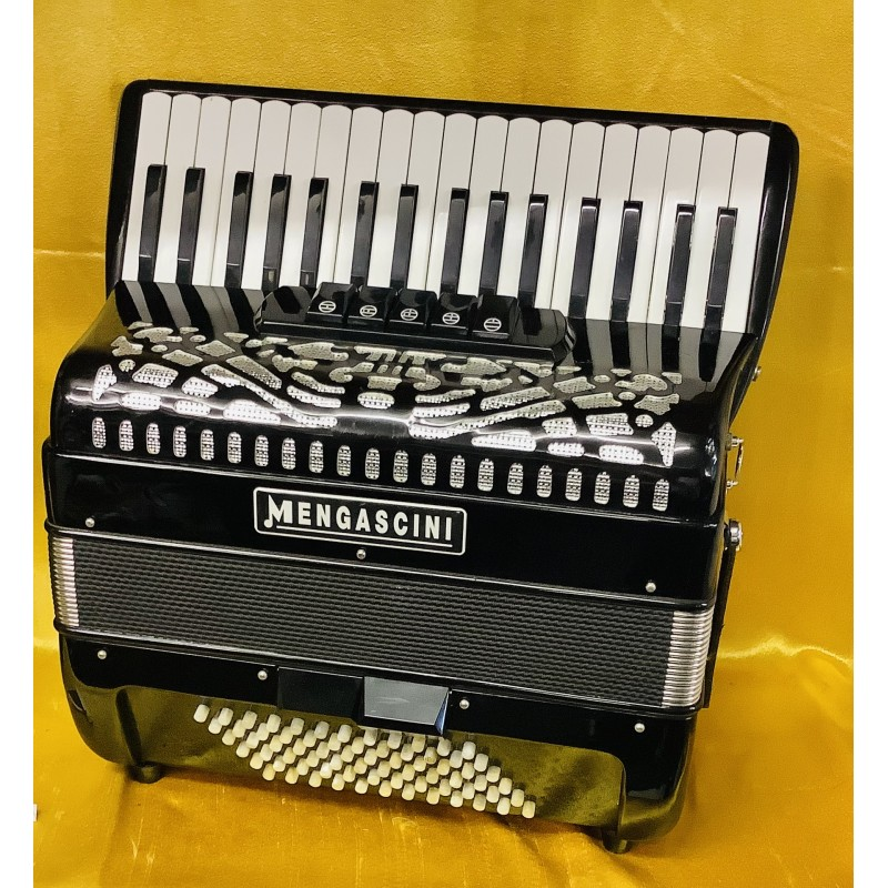 Mengascini 72 bass 3 Voice Piano Accordion Used