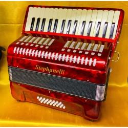 Scarlatti 32 key 24 bass Piano Accordion Used